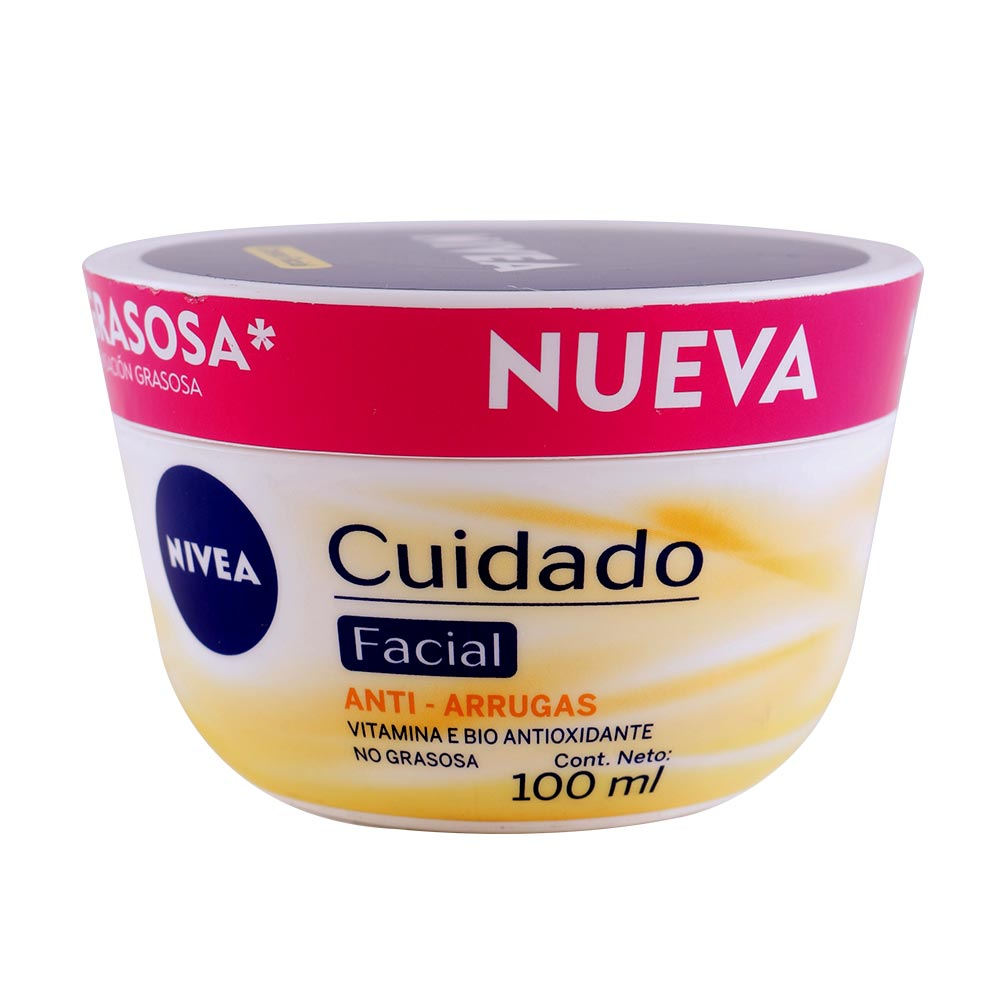 Crema nivea y vitamina e